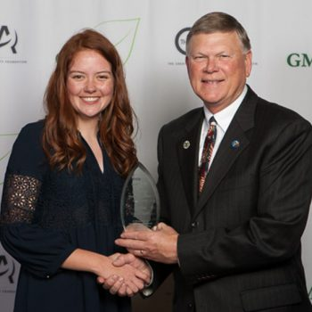 Kendra Geisbrendt - Youth Volunteer of the Year 2017